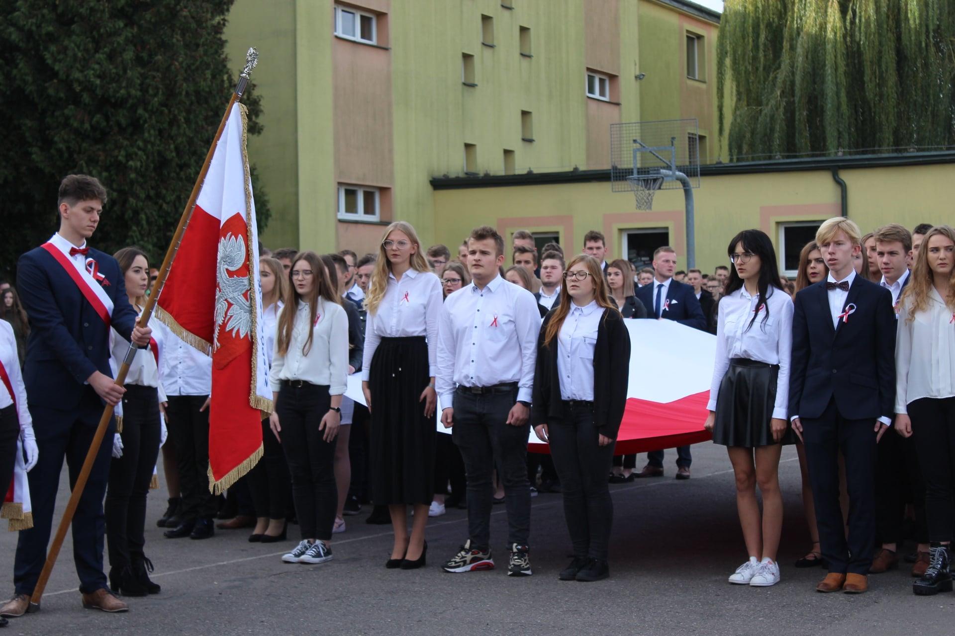 Obchody Święta Niepodległości w Zespole Szkół Nr 1 w Wieluniu